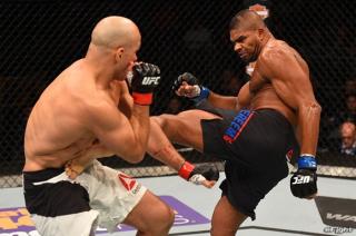 UFC】アリスターの相手が57勝中45の一本勝ち誇る寝業師に変更   eFight ...