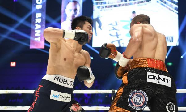 【ボクシング】村田諒太が怒涛の1分ラッシュでTKO勝利、ブラントからベルト奪取