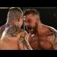 """全米人気の素手ボクシング大会が衝撃KOトップ10を公開、""""カメラ返り血""""や""""史上最短3秒""""KOも"""