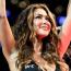 """【UFC】世界的人気ラウンドガール、ヌルマゴの""""ラウンドガール不要論""""に反論「愛を送り続けてきた」"""