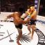 【海外MMA】戦慄のハイキック秒殺KO劇!ガードごと吹き飛ばすダウンに「これぞ大会ハイライトKOだ」と解説が興奮