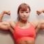 """顔と肉体のギャップが凄すぎる! 筋肉ムキムキ美女""""みさみさ""""がフィジーク日本一を目指す"""